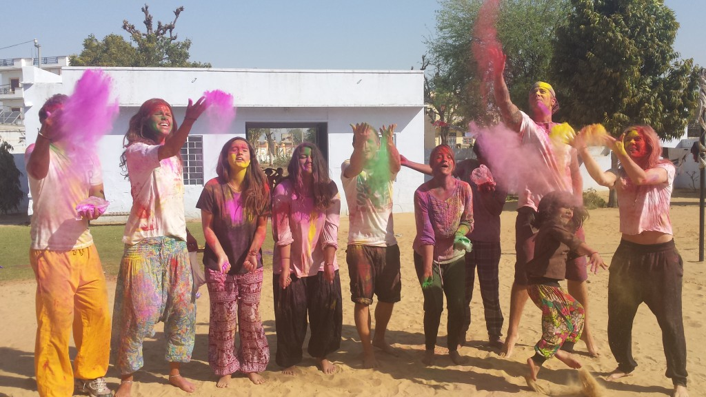 volunteer in India and enjoy cultural diversity